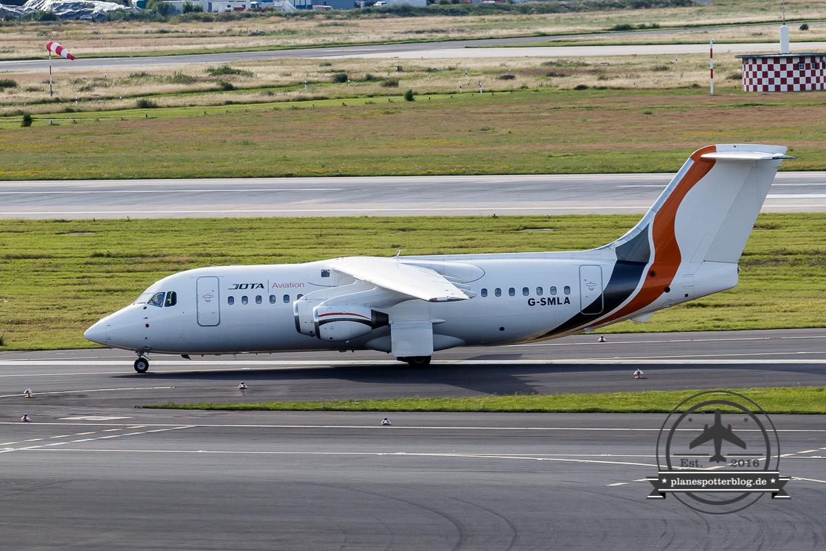 BAe 146-200 G-SMLA JOTA Aviation