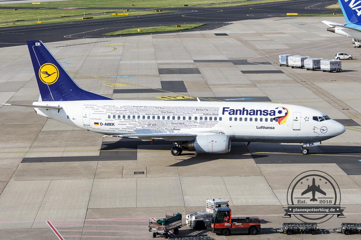 Boeing 737-300 D-ABEK Lufthansa 'everyones Fanhansa'